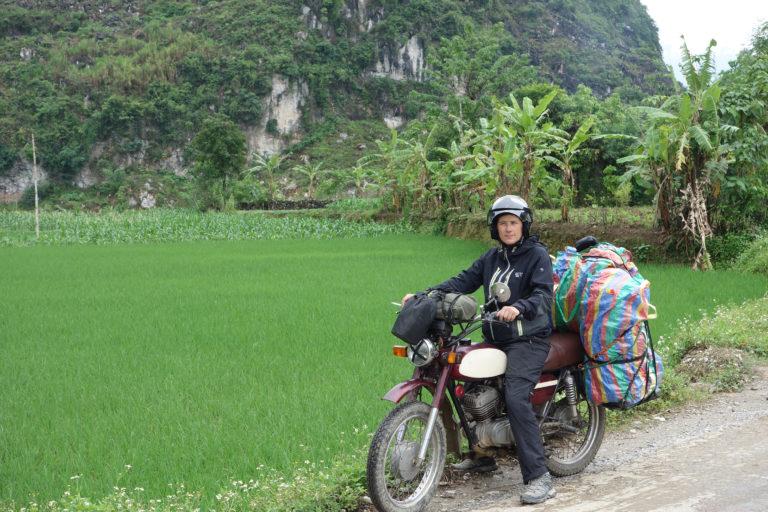 Mon voyage en Minsk au Laos et au Vietnam